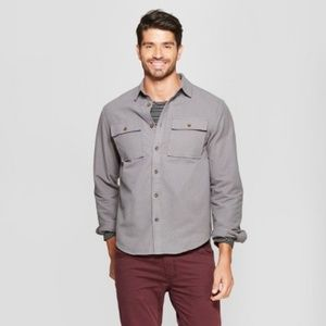 Men's Gray Long Sleeve Flannel Button-Down Shirt